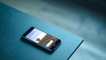 10 tips om je smartphone klaar te maken voor de vakantie